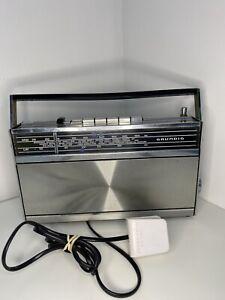 Vintage Transistor Radio by Grundig Elite Boy 500 tested silver LW MW FM