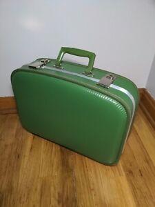 VTG Train Case Suitcase 1960s Avocado Green Hard Shell Travel Mini Suitcase Cute