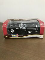Revell Diecast 1956 Ford Thunderbird Convertible Black 1:18 Scale Black 8649
