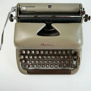 Optima Progress 3 Typewriter with Case