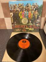THE BEATLES SGT PEPPERS LONELY HEART CLUBS BAND AUSTRALIAN ISSUE PCSO-7027 VG