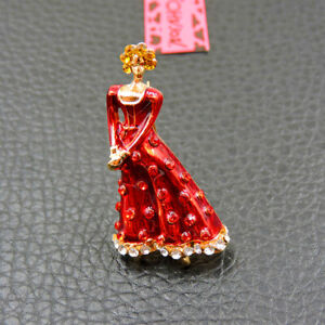 Betsey Johnson Red Crystal Enamel Elegant Lady Charm Party Brooch Pin Gift