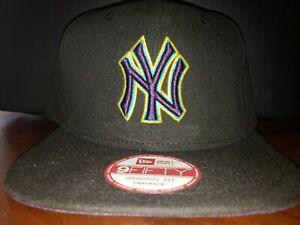 New Era NY New York Yankee's Aqua Hook Retro 8 Snapback Hat Cap