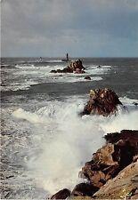 B31447 Tempete sur la pointe du Raz les Gorles et le phare de la Vieille france