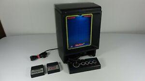 Vectrex Konsole von MB mit eingebauten Bildschirm und Spielen
