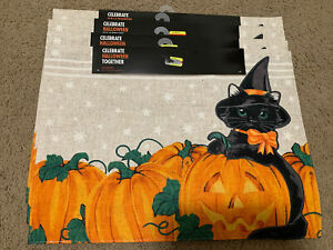 LOT OF 4 HALLOWEEN BLACK CAT IN PUMPKIN PATCH PLACEMATS BRAND NEW