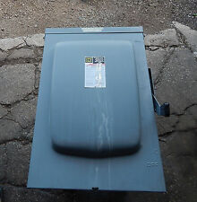 Square D D325NR Fusible Safety Switch 400Amp Series E01 3PH 240VAC 50/60HZ