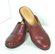 CLARKS RED GENUINE LEATHER  MULE SHOES SIZE 6.5 M