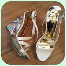 new $288 marciano guess white wedge  leather dress  HEELS SHOEs 9 sold out