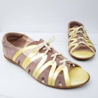 BEAUTIFEEL Edyta Sandals Taupe Suede Yellow Patent Lace Up Flats Size 40 9-9.5