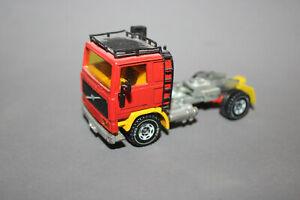 Siku 1:55 Zugmaschine Volvo F10 Turbo