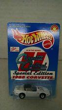Hot Wheels #20957 Corvette Central 1988 Corvette White 1/64 scale