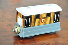 THOMAS Wooden Railway Engine Interactive Talking Toby Gold Magnet - Excellent