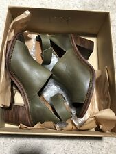 581cf60573d9 Bertie Women s Green shoes - Size 6 - EU 39