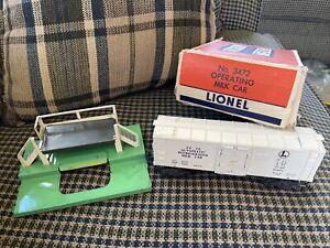 O #3472 Operating Milk Car w/Platform With Box