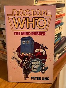 doctor who target book -  THE MIND ROBBER - 1st edition