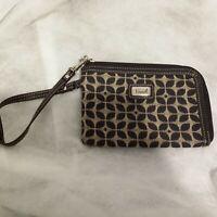 "NWOT FOSSIL  WRISTLET wallet Beige/Brown Leather Trim 6' x 4,5"""