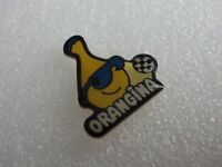 Pin's vintage pins Collector publicitaire boisson orangina Foot Lot PF059
