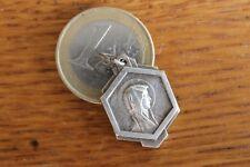 Vintage Catholic Médaille Pendantif Virgin Marie Mary Miracle Medal