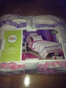 Circo Twin Quilt - Wave Collection - White With Pink & Purple Ruffle Stripes NEW