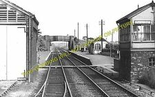 Gamlingay Railway Station Photo. Potton - Old North Road. Bedford Line. (2)
