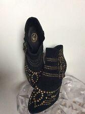 ASH Magnifique low boots Noires NEUVES avec Boucles Et Clous, 39