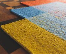 Handkunst Teppich - Rechtecke neu definiert - / Stagione / Neu / 180x180 cm