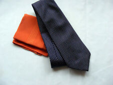 Silk Tie and Hankerchief Set.