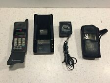 MOTOROLA CELL PHONE DCP650 Flip Cellular Telephone~Charger, Cell Cover.