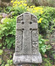 Doppelseitiges Kreuz mit keltischen Mustern - Wegekreuz - wie altes Steinkreuz