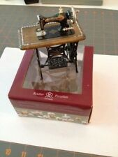 DOLLHOUSE MINIATURE Reutter Porzellan Germany - VINTAGE SEWING MACHINE - w/Box