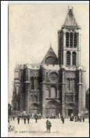 Saint Denis France CPA ~1910/20 alte AK L'Abbaye Partie an der Kirche Personen