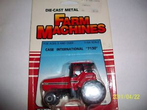 Ertl 1/64 farm toy case IH international 7130  tractor