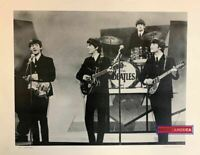 The Beatles Los Beatles Black & White On Stage Poster 22.5 x 28.5