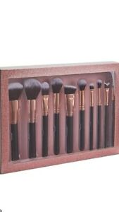 INDULGENCE COLLECTION🎀 DELUXE SCULPT AND BLEND MAKE-UP BRUSH SET🎀BNIB 💋💋💋