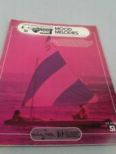 E- Play music Mood Melodies double-note melodies songbook for organ/piano/guitar