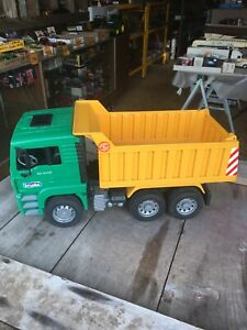 Bruder Toys MAN TGA Dump Tip Up Truck 1:16 Scale Toy Model-Made in Germany