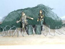 1/32 MILITARY PACK,2 RESIN OIL DRUMS PAINTED, CAMMO NET OLIVE & BARBED WIRE COIL
