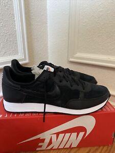 Nike Challenger OG SE (Mens Size 13) Shoes CW7662 001 Black White No Box Lid