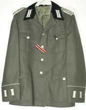 Uniform.Wehrmacht  Ähn. Offizier Repro Eiserne Kreuz  Landser Museum  Effekten