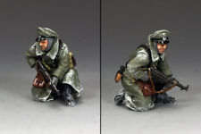 KING AND COUNTRY German Kneeling Officer with MP40 WW2 BBG081 BBG81
