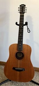 Mahogany BABY TAYLOR B391-M (acoustic) with Hard Case