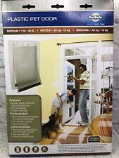 """New Petsafe Plastic Pet Door Medium 1-40 lb, 8-1/8"""" x 12-1/4"""" Flap Opening NIB"""