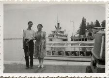 Couple port fluvial maritime bateau - photo ancienne + négatif an. août 1950
