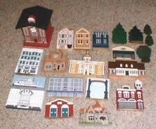 Lot-20 Cats Meow Village Shelf Sitter Collectible Buildings & Birdhouse