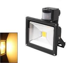 30W Warmweiß LED Strahler Fluter Flutlicht Scheinwerfer mit Bewegungsmelder