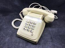 Ancien téléphone blanc à touche , socotel s63 / Complet avec Cable