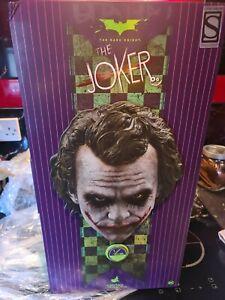 HOT TOYS BATMAN JOKER QS010 EXCLUSIVE UNDISPLAYED!! THE DARK KNIGHT