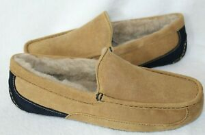 NIB UGG Mens ASCOT Suede Shearling Lined Moccasin Slippers Chestnut Navy Blue
