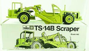 """TEREX  GM TS - 14B SCRAPER 1:40 CONRAD Model 2411  """"Federal Republic of Germany"""""""